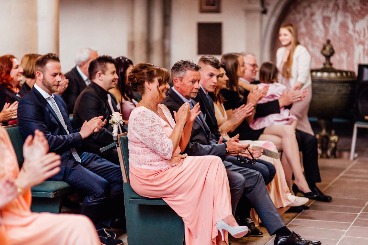 Hochzeit Eventscheune Dagobertshausen - Julia & Florian - Sandra Socha Fotografie - 30
