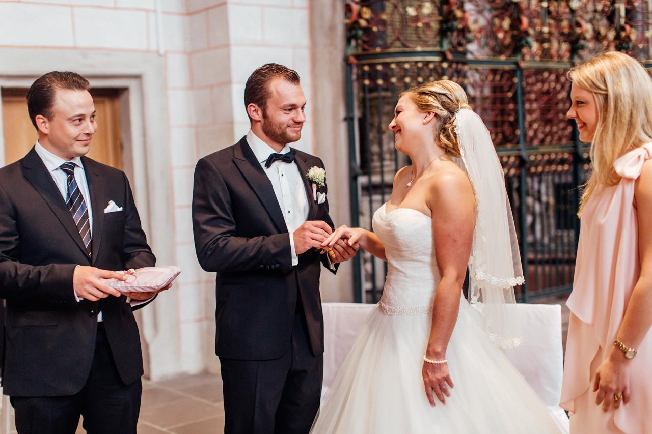 Hochzeit Eventscheune Dagobertshausen - Julia & Florian - Sandra Socha Fotografie - 33